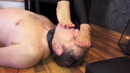 Foot cleaning slave training