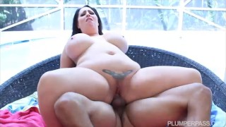 plumperpass big-boobs chubby latin big-dick bbw latino tattooed public pool side kissing brunette big-ass big-tits interracial blowjob
