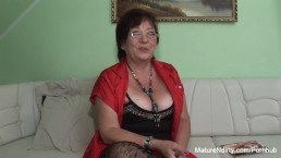 Insatiable mature keeps her st