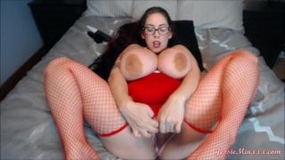 Busty Chick Maturbating Bbc cum