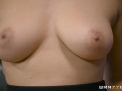 Brazzers – Valentina Nappi gets a hardcore office fucking