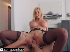 : BANG Gonzo: Alexis Fawx Squirting MILF Fucked