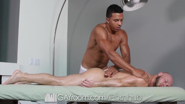 Hot Interracial Message Turns into hot oiled fucking