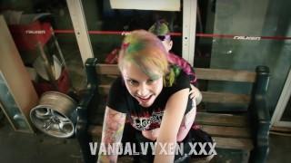 Vandal Vyxen - In the shop