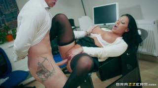 Candi Kayne gets fucked by her coworker Brazzers