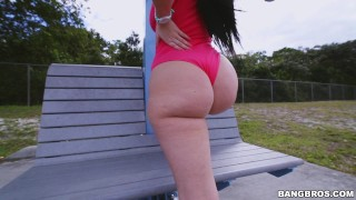 Sexy PAWG Ryan Smiles Hot Workout on Ass Parade (ap14986) Sexy hot