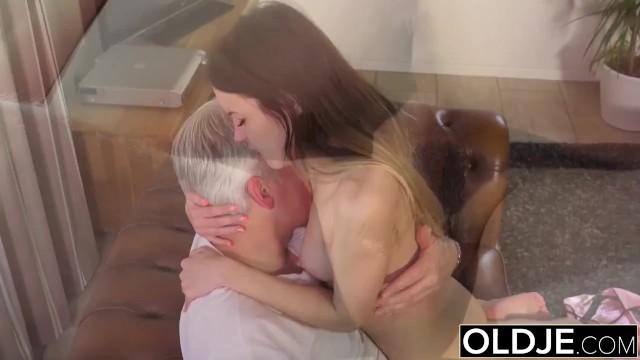 порно с старыми скачать