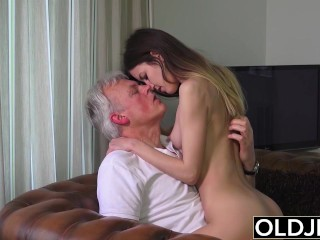 Wife Posing Dildo Old and Young Porn - Babysitter pussy fucked by old man and swallows cum