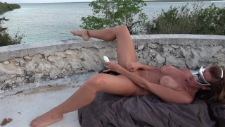 Wife orgasms gushing top masturbates hot castle on gushing outdoor