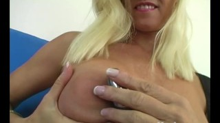 Her toys tabitha quim yanks milf mother solo