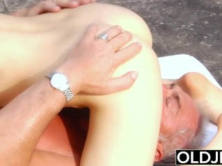 Old Young Porn – Teen Fitness Yoga Teacher seduces and fucks an old man