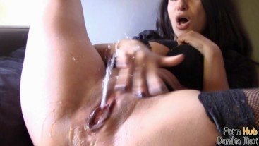 Hot creamy pussy beg to cum while she squirt