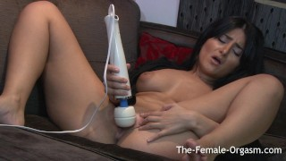 Arab Babe First Time Masturbation and Orgasms with Hitachi