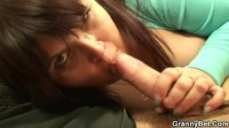 Mature fatty gets picked up and pussy fucked