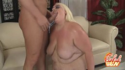 Blonde BBW Cheryl Lee Blowjobs