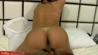 Shegirl with small tits oils up her shedick and tugs it hard