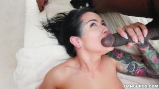 Katrina Jade Duel Wields Black Cocks (bbc15919)
