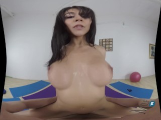 MilfVR – Downward Doggystyle