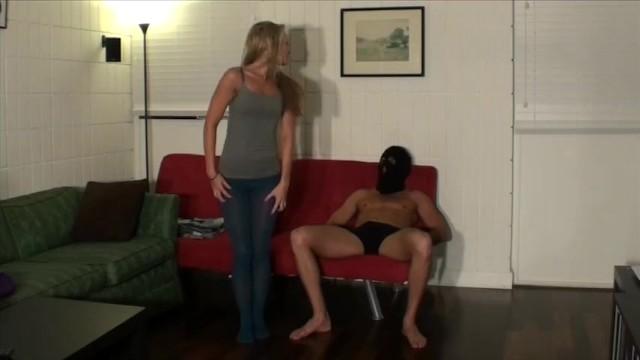 Kelly Boska wielki kutas darmowe łacińskie cipki porno