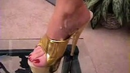 Janet Mason - Cum in my Golden Heels