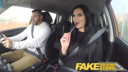 Fake Driving School jasmine Jae volledig naakt seks in auto