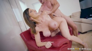 Dirty milf Sara Jay fucks hers sons friend - Brazzers Bbc stepsister