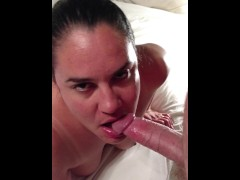 BECKY TAILOR: Milf loves sucking cock and a cumshot to her face