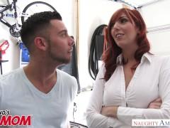 Big tits redheaded MILF Lauren Philips bangs a big dick – Naughty America