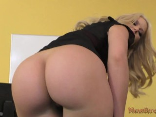 Great Adult Porn Stories Your Boss Anikka Makes You Kiss Her Big Ass - Anikka Albrite