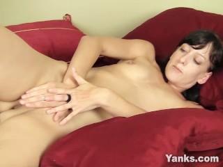 Teen slut sex yanks honey elise graves humps her hands yanks masturbate brunette hd p