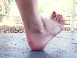 Jaded Dawn Dirty Foot Slave Brattyfootgirls.com