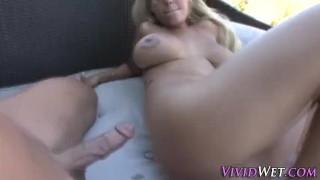 Jizzy pornstar analized
