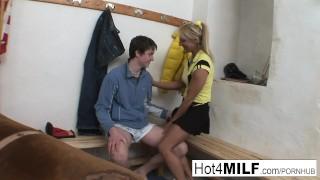 Room eva takes load milf a euro the locker in blowjob czech