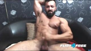 Bearded Hunk Wanks His Big Cock Gay clubamateyrusa.com