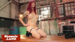 Mature redhead trans ass toyed by sex machine