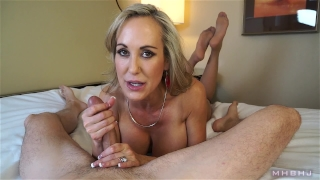 Insanely hot MILF treats your cock to a sensual sucking (Brandi Love) Blackzilla ass