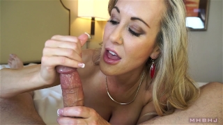 Insanely hot MILF treats your cock to a sensual sucking (Brandi Love) Tits rubbing