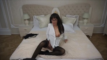 Anisyia Livejasmin extremely hot secretary buttpluged