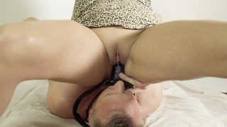 Hot Amateur Femdom facesitting piss and squirt on mouth. Very hot video. Big big