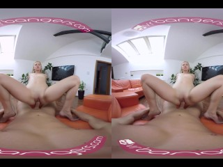 VR BANGERS-VIOLETTE PINK ANAL FUCK THE NEXT DOOR NEIGHBOUR