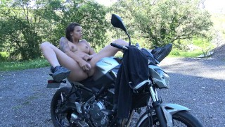 Hot French Teen Squirting On Her Motorcycle - Chaude Motarde Vic Alouqua Licking skinny