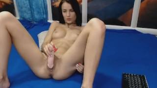 Seductive Sexy Babe Loves to Masturbate