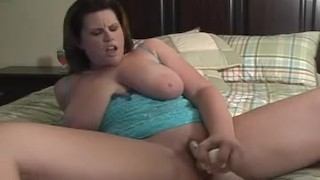 squirting several times during cam show