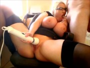 Cock sucking milf vibrates her clit with the hitachi magic wand