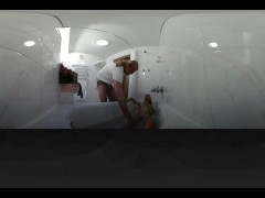 Teen Naughty Bath Panoramic HD VR 360