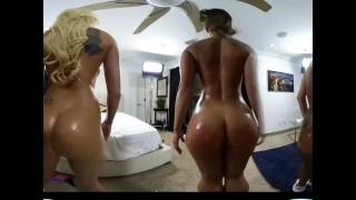 CamSoda VR Lesbian Cum Party
