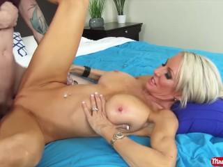 Pregnant By Sex Hot blonde MILF Emma Starr gets filled with cum by a big dick - Mrs. Creamp