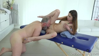 Good Porn Movies - Old Goes Young - Elle Rose Old Goes Young - Man Pulls Teen's Hair When Fucking Her