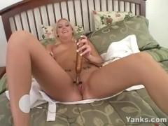 Yanks Nymph Kacey Has Electro Orgasm