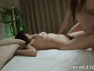 Sexy ass lesbo babes are scissor fucking like crazy